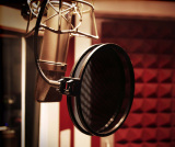 vocal-booth-mic